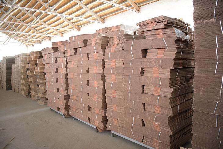 纸箱供应商解析瓦楞纸箱原纸的类别